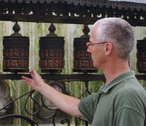 Foto Hans Op Den Buijsch bij Dharma-wiel